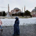 Турция вводит с 15 марта электронные анкеты для въезжающих